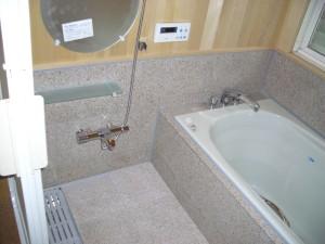 御影石浴室