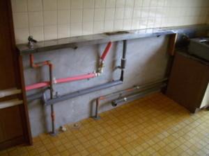 キッチン配管移動